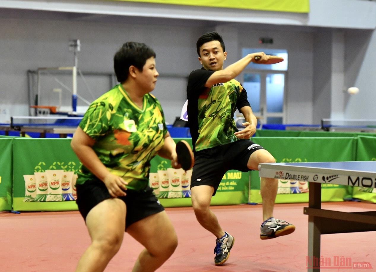 TP Hồ Chí Minh giành chức vô địch đầu tiên -0