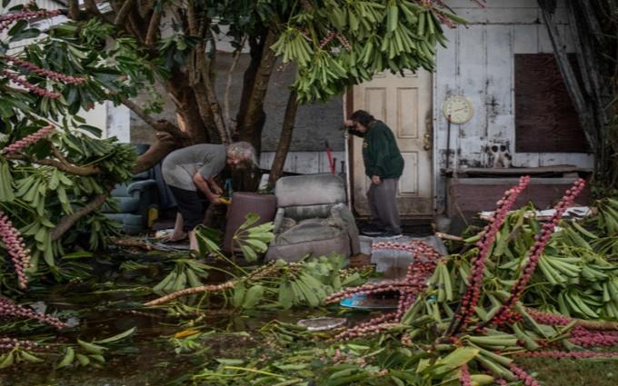 Mỹ liên tiếp hứng bão, Bồ Đào Nha đặt trong tình trạng báo động do cháy rừng -1
