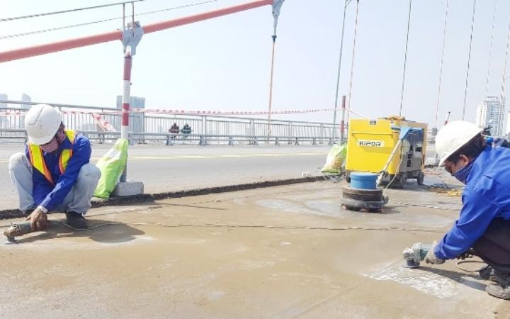 Từ 6 giờ ngày 28-7, cấm tuyệt đối các phương tiện qua cầu Thăng Long -0
