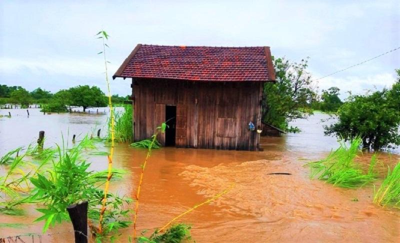 Mưa lớn kéo dài gây ngập lụt nhiều nơi ở Đắk Lắk -0