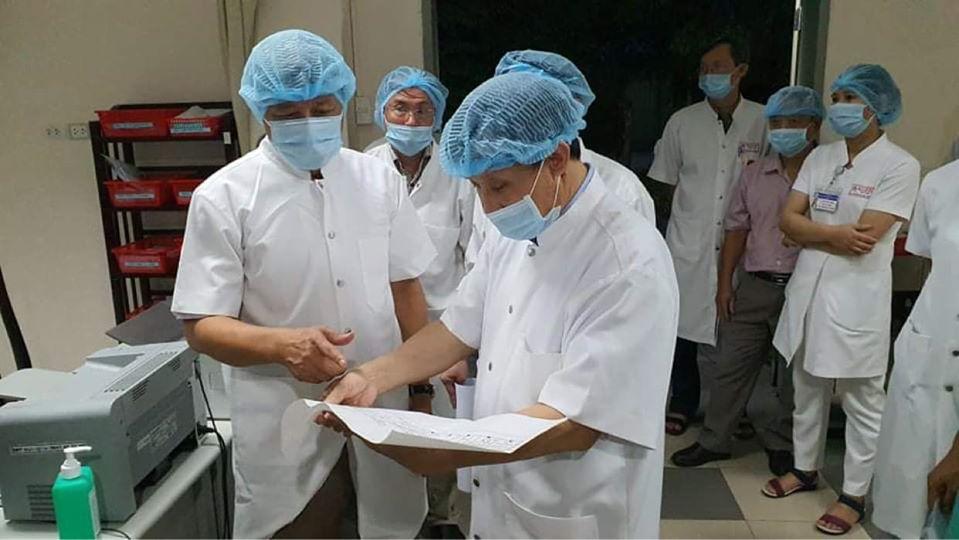 Thứ trưởng Nguyễn Trường Sơn chỉ đạo chống dịch tại miền Trung -0