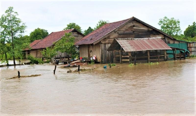 Mưa lũ gây thiệt hại nặng cho huyện biên giới Ea Súp -0