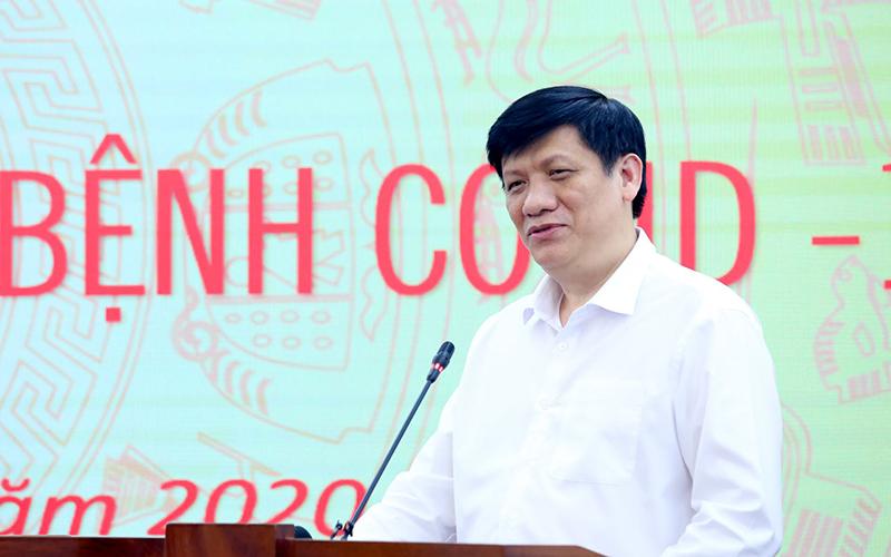 Tiếp nhận 500 máy thở MV20 trị giá 120 tỷ đồng từ Đại học Văn Lang và Tập đoàn Vạn Thịnh Phát -0