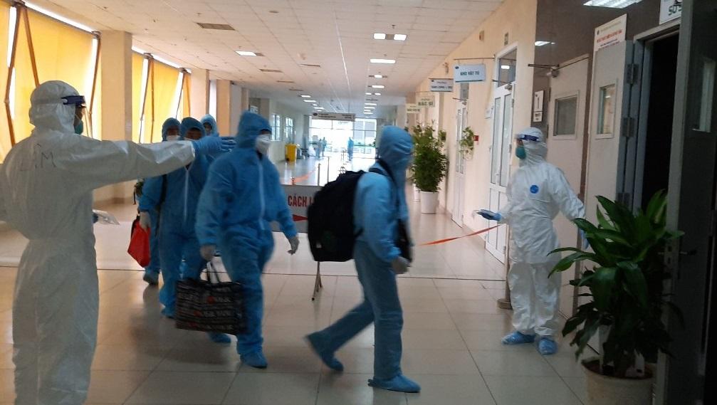 Sáuca đồng nhiễm sốt rét và Covid-19 có tổn thương nhiều tạng -0