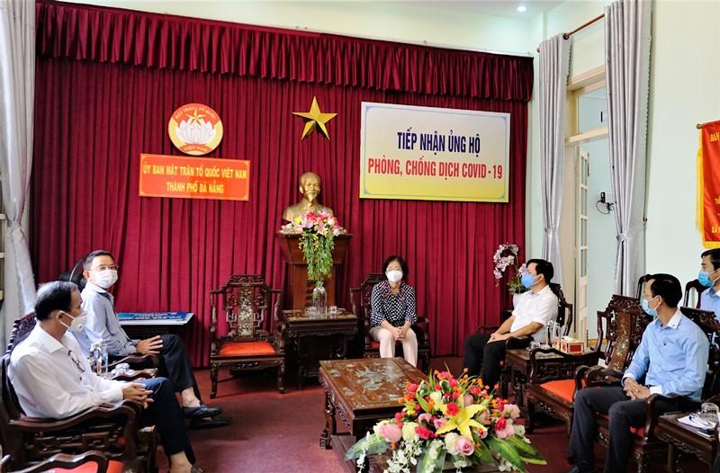 Vietcombank ủng hộ 5 tỷ đồng cùng thành phố Đà Nẵng đẩy lùi Covid-19 -0