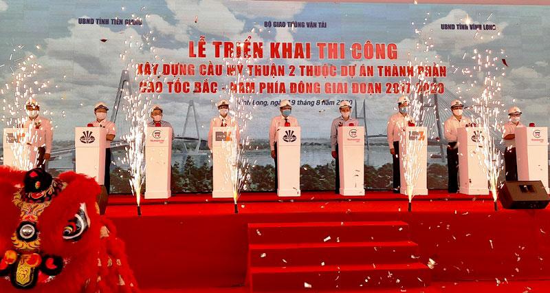 Triển khai thi công cầu Mỹ Thuận 2