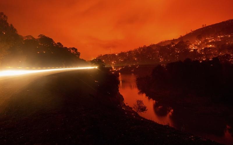 """California trong vòng vây của """"giặc lửa"""" -8"""