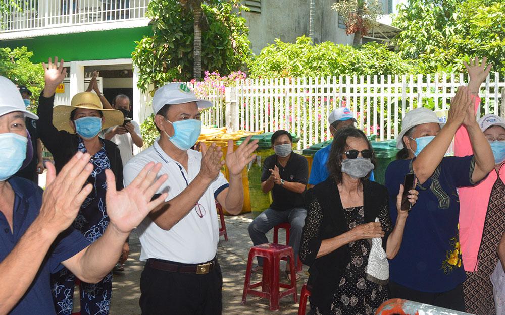 Thêm một khu dân cư ở Quảng Ngãi được dỡ bỏ phong tỏa -0