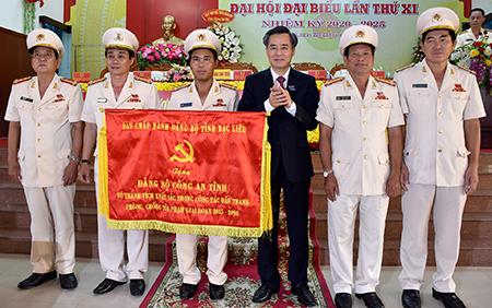 Anh_kem_bai_Tieu_Phuong6_6-1598864783014.jpg