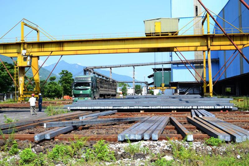 Tháo gỡ khó khăn cho nhà máy sản xuất phôi thép từ mỏ sắt Quý Xa -0