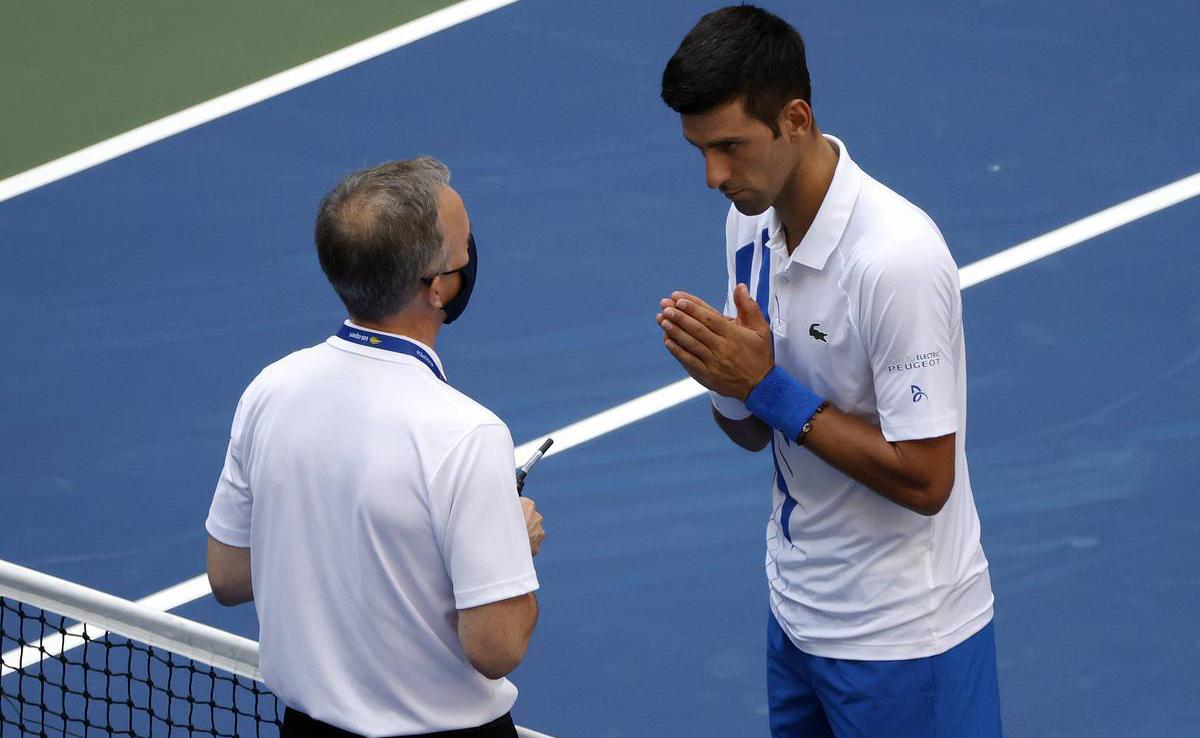 Djokovic bị loại khỏi US Open 2020 -0