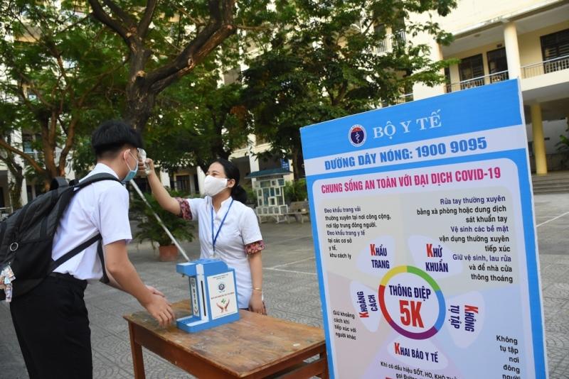 Học sinh Đà Nẵng bước vào năm học mới -0