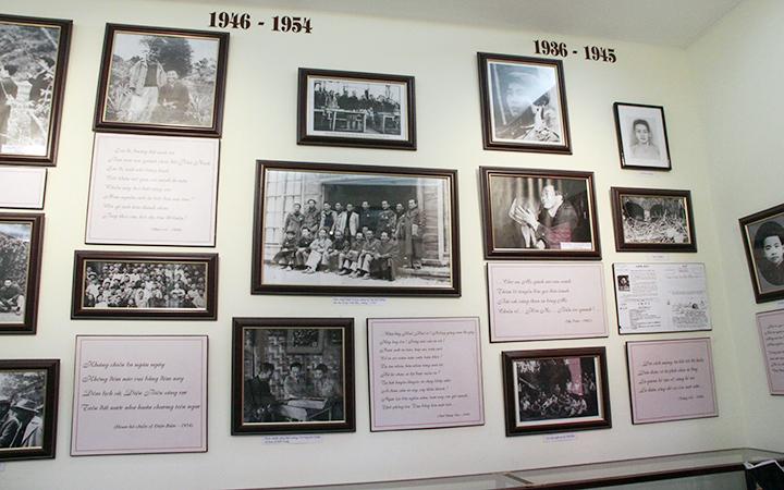 Một góc trưng bày tại Bảo tàng Tố Hữu.