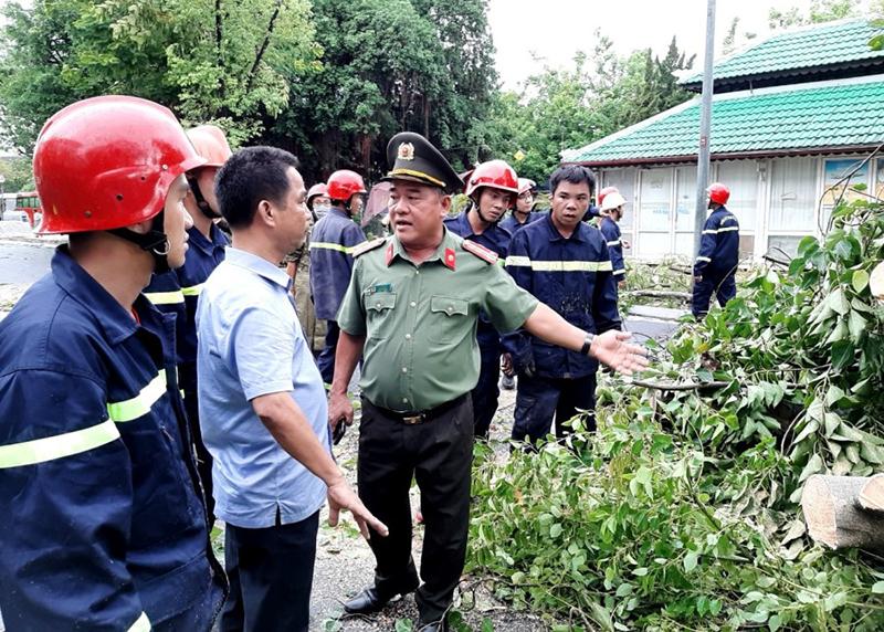 Thừa Thiên Huế: 96 người thương vong, hàng nghìn ngôi nhà sập và tốc mái -0
