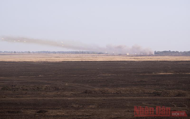 Quân đội Nga tập trận giữ cứ điểm, tiến công kẻ địch -0