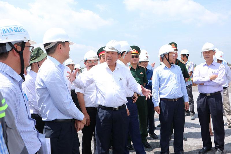 Phó Thủ tướng Thường trực Trương Hòa Bình kiểm tra tiến độ dự án Sân bay Long Thành -0