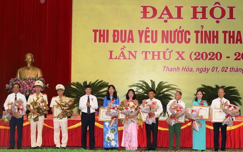 Phó Chủ tịch nước Đặng Thị Ngọc Thịnh dự Đại hội thi đua yêu nước tỉnh Thanh Hóa lần thứ X -0
