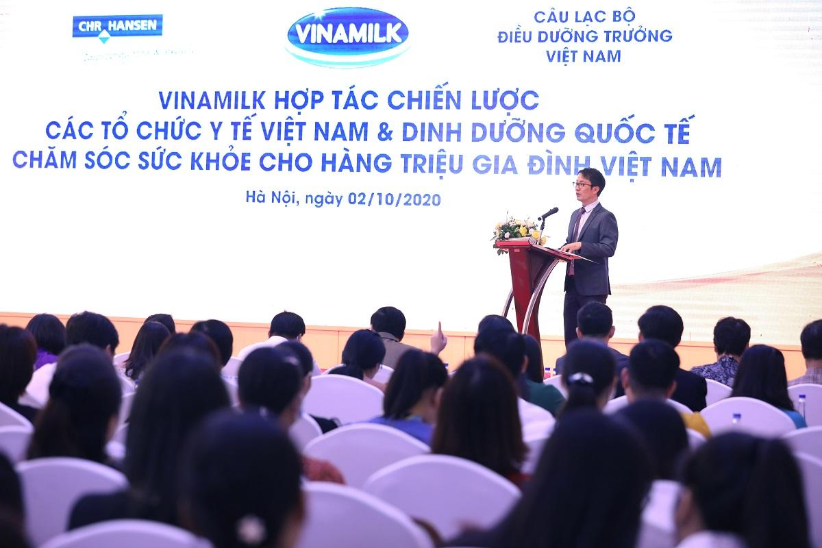 Vinamilk chăm sóc sức khỏe cho trẻ em và người cao tuổi Việt Nam -0