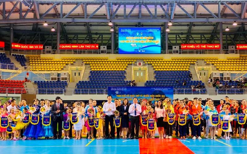 Khai mạc Giải khiêu vũ vô địch trẻ và thiếu niên quốc gia Khiêu vũ thể thao năm 2020 -0