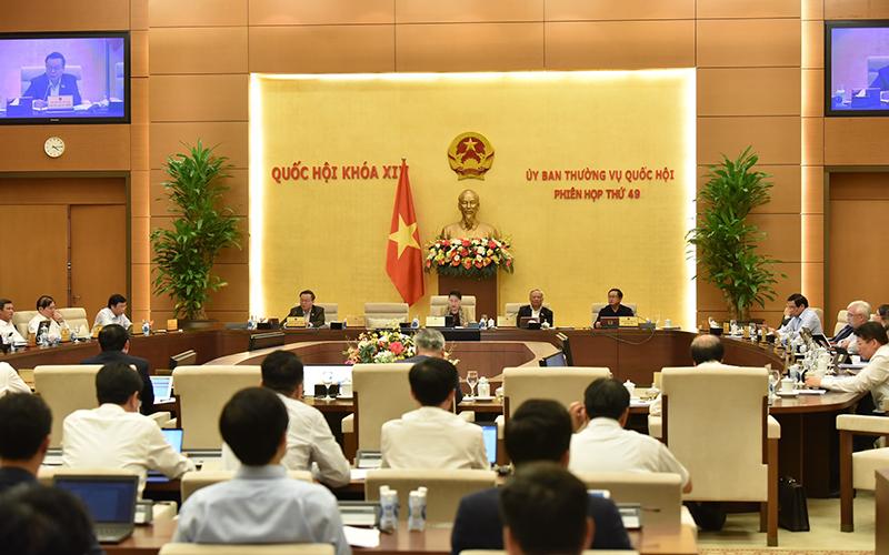 Chủ tịch Quốc hội Nguyễn Thị Kim Ngân: Nếu chỉ có 1 giấy phép thay cho 7 loại giấy phép thì doanh nghiệp mừng -0