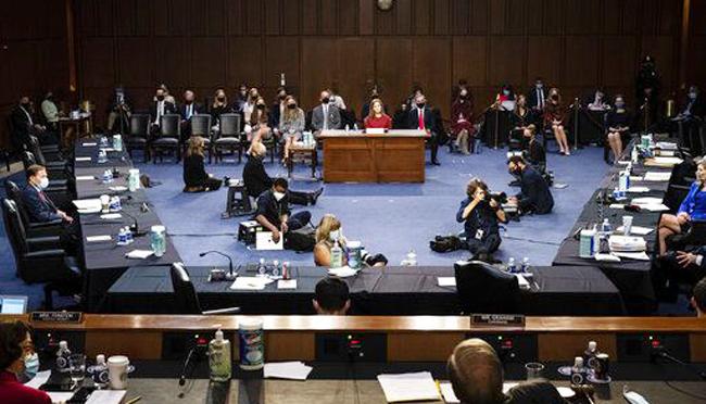 Mỹ ủng hộ đàm phán giải quyết tranh chấp với EU