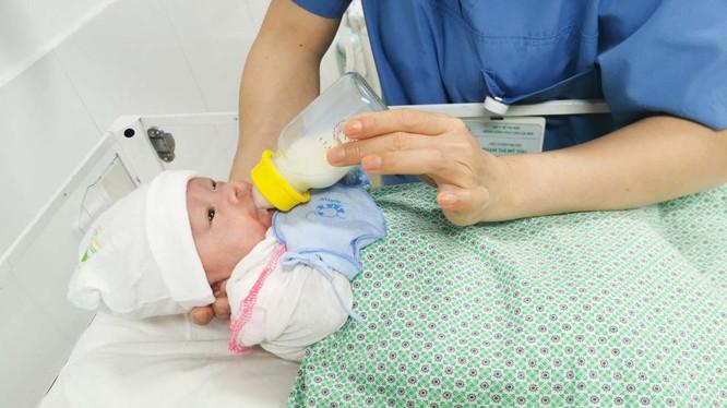 Nâng cao chất lượng tuyến dưới trong chăm sóc sức khỏe trẻ sơ sinh và bà mẹ -0