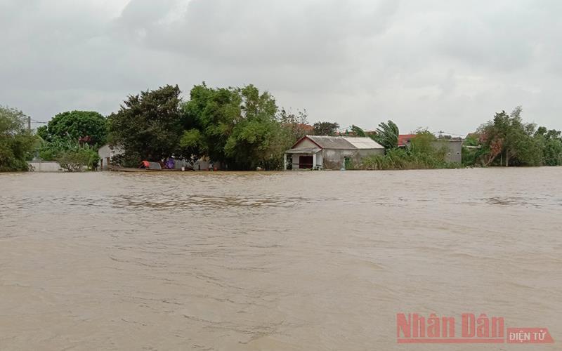 Quảng Bình: Lũ chồng lũ, hơn 11 nghìn nhà dân ngập trở lại -0