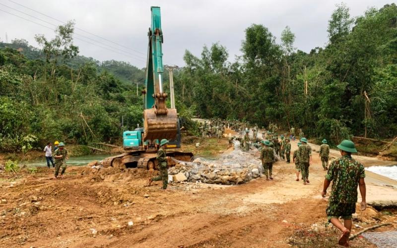 Phó Thủ tướng Trịnh Đình Dũng: Công tác tìm kiếm, cứu nạn được đặt lên hàng đầu -0