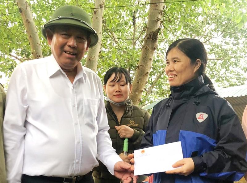 Phó Thủ tướng Trương Hòa Bình chỉ đạo khắc phục lũ lụt ở Quảng Trị -0