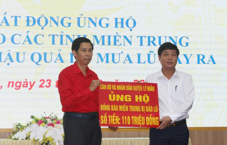 Hà Nam phát động ủng hộ đồng bào miền Trung khắc phục hậu quả do mưa lũ -0
