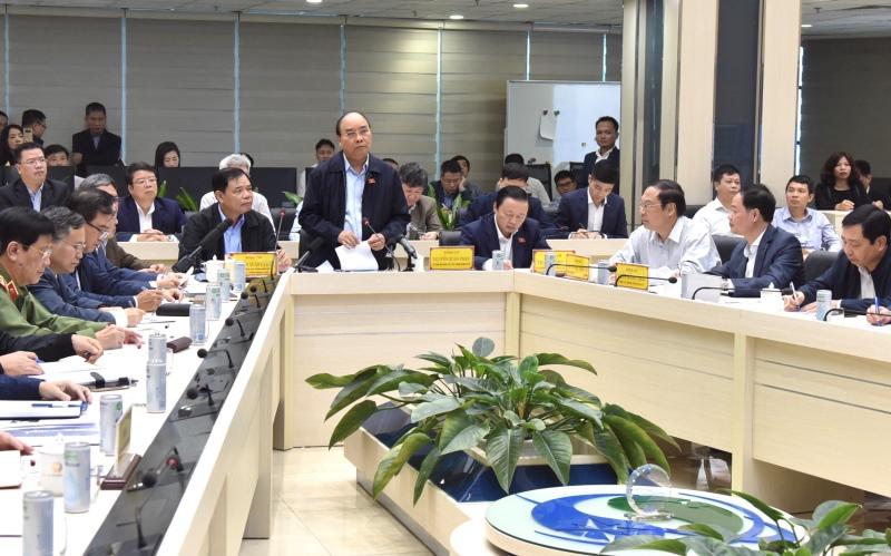 Thủ tướng Nguyễn Xuân Phúc chỉ đạo công tác ứng phó bão số 9 -0