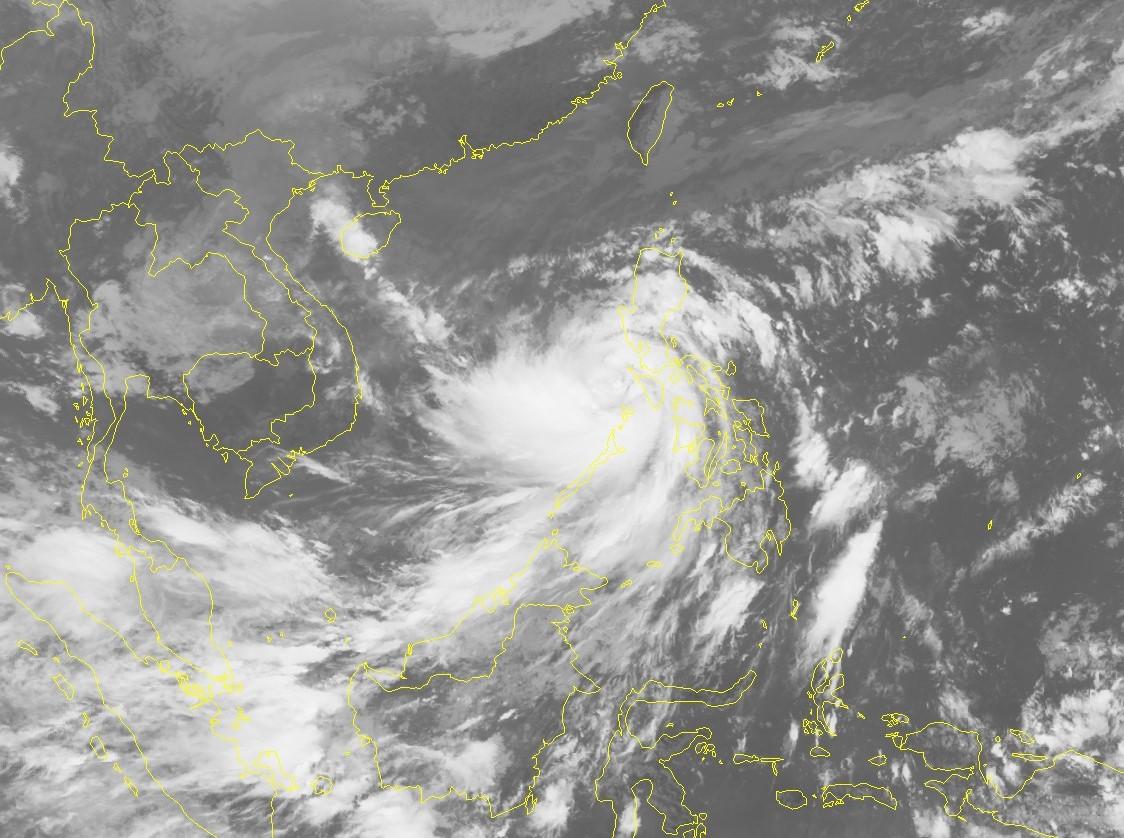 Nâng cấp cảnh báo, sơ tán hơn 1,2 triệu người để ứng phó bão số 9 -0