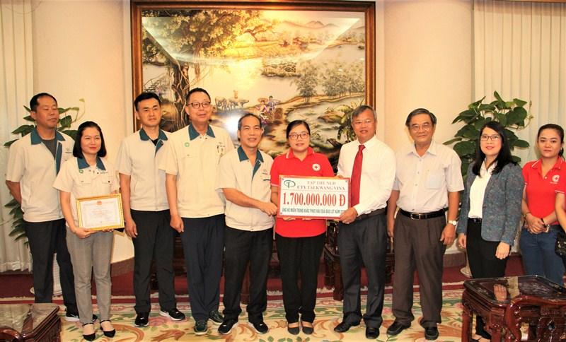 Các địa phương quyên góp ủng hộ đồng bào miền trung -0