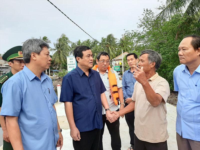Quảng Nam khẩn trương sơ tán gần 15 nghìn hộ dân ven biển -0