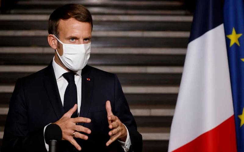 Pháp phong tỏa toàn quốc trong bốn tuần để chống dịch Covid-19