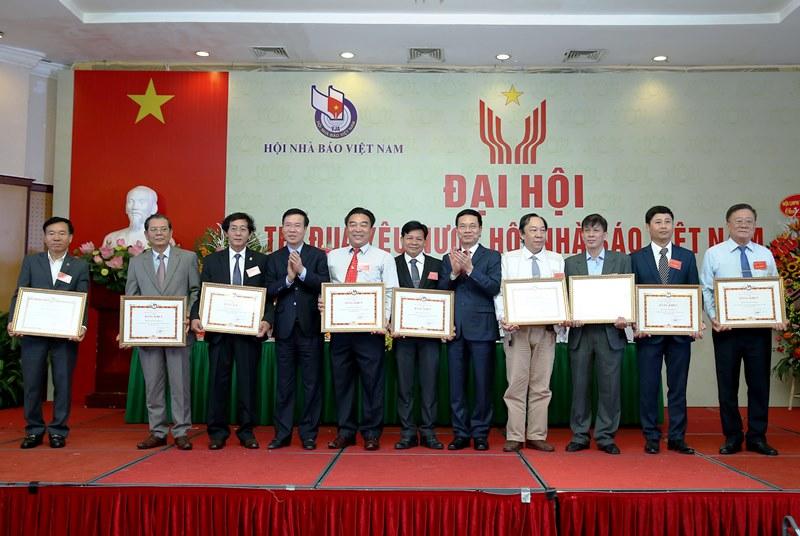Thi đua xây dựng tổ chức Hội Nhà báo Việt Nam vững mạnh -0