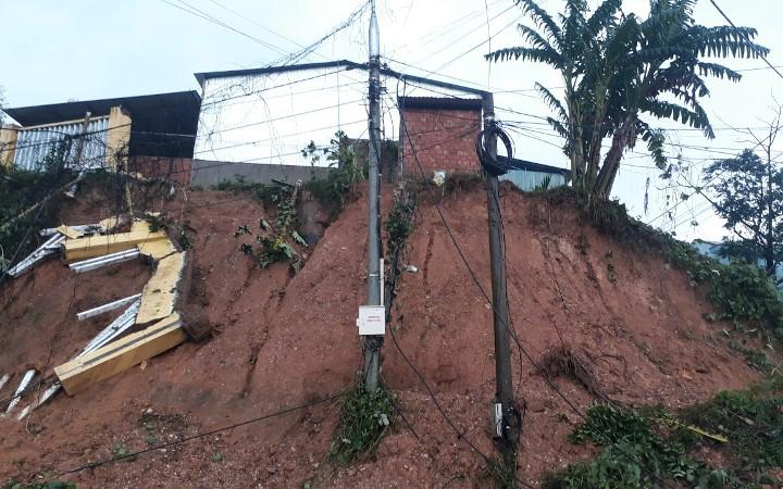 Sạt lở đất tại Nam Trà My, 53 người mất tích, đã tìm được bảy thi thể