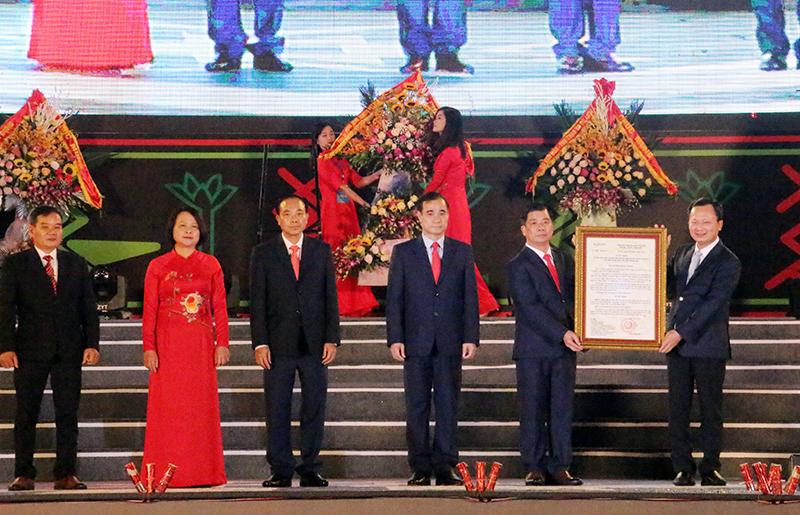Khai mạc Tuần Văn hóa, thể thao các dân tộc vùng đông bắc tỉnh Quảng Ninh lần thứ III - năm 2020 -0