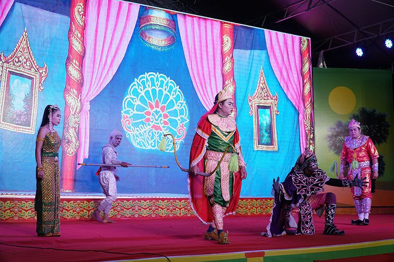 Kỷ niệm 100 năm nghệ thuật sân khấu Dù kê và công bố các di sản văn hóa phi vật thể của tỉnh Sóc Trăng -0