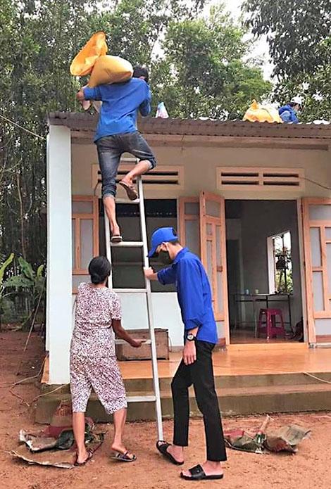 Tuổi trẻ Quảng Nam dũng cảm xung kích phòng chống thiên tai -0