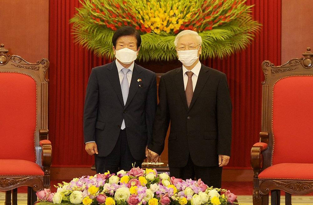 Tổng Bí thư, Chủ tịch nước Nguyễn Phú Trọng tiếp Chủ tịch Quốc hội Hàn Quốc -0