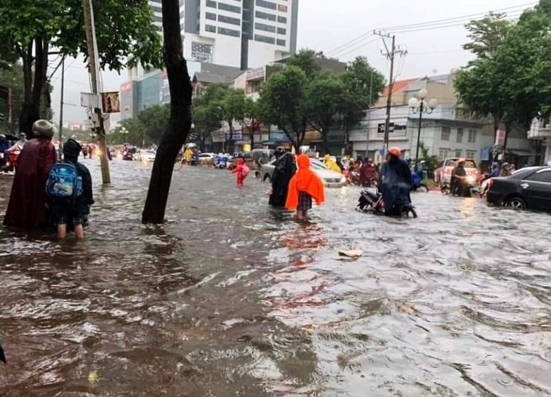 TP Vũng Tàu chìm trong biển nước sau mưa -0