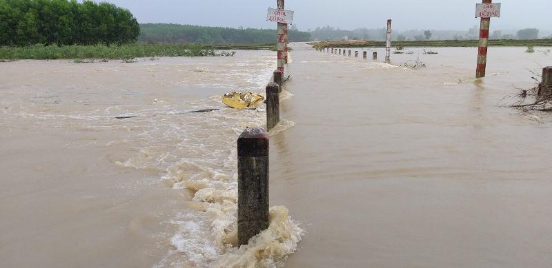 Đắk Lắk: Mưa lũ lớn, sẵn sàng di dời hàng trăm hộ dân -0