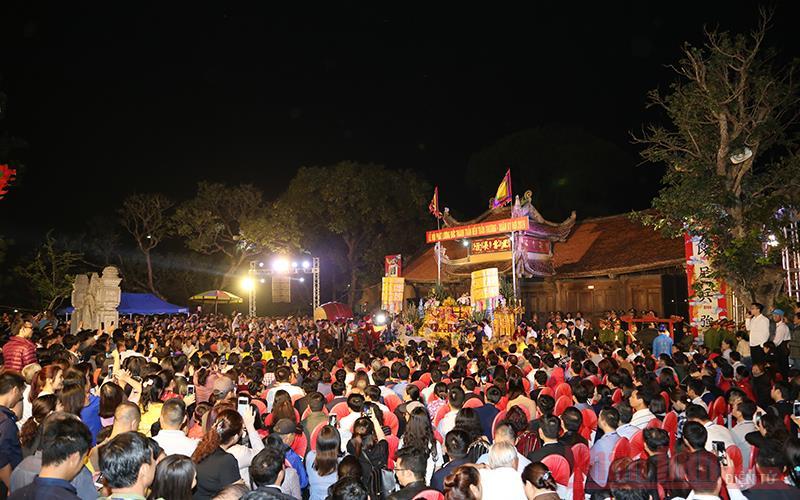 Đền Trần Thương - Điểm đến du lịch văn hóa tâm linh -0