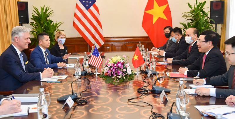 Phó Thủ tướng, Bộ trưởng Ngoại giao Phạm Bình Minh hội đàm Cố vấn An ninh quốc gia Hoa Kỳ Robert O'Brien -0