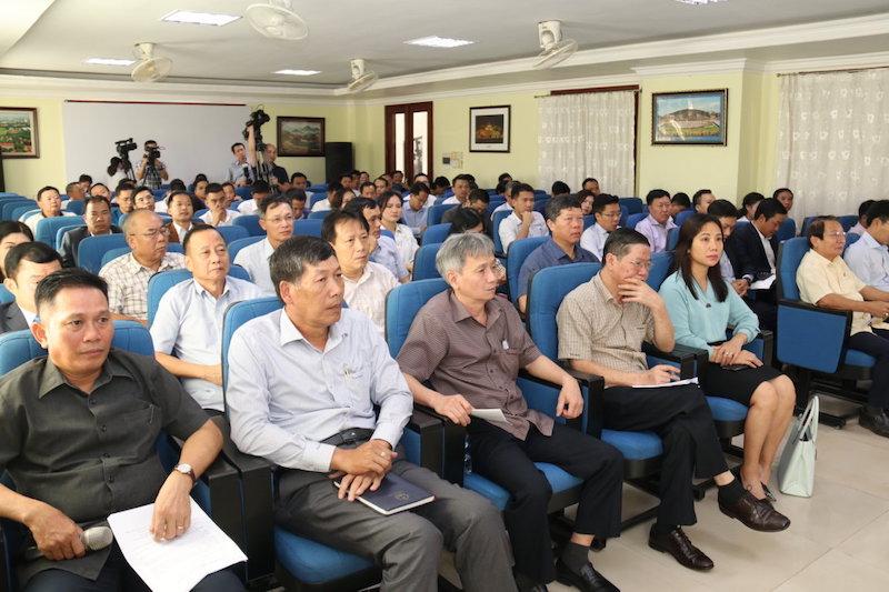 Tìm kiếm biện pháp tháo gỡ khó khăn cho doanh nghiệp Việt Nam tại Lào -0