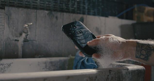 Điện thoại thông minh kháng khuẩn đầu tiên trên thế giới -0