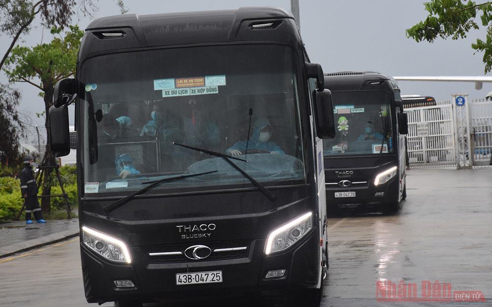 Đà Nẵng tiếp nhận cách ly 290 công dân về từ Hàn Quốc -0
