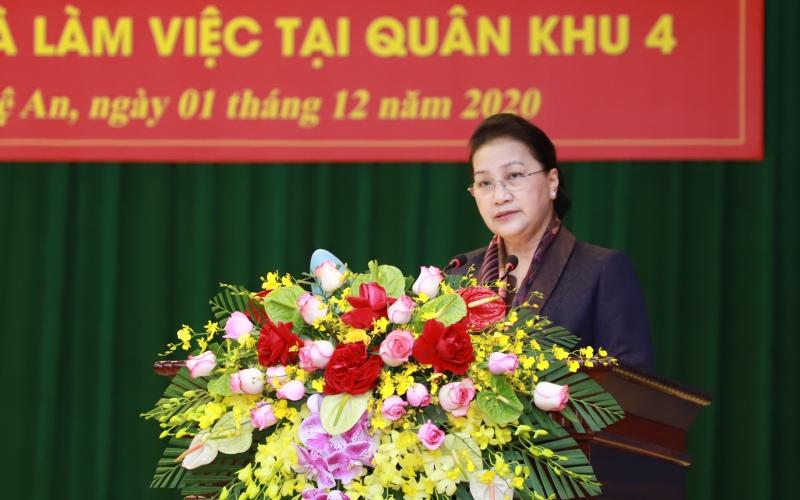 Chủ tịch Quốc hội Nguyễn Thị Kim Ngân thăm và làm việc với Quân khu 4 -0