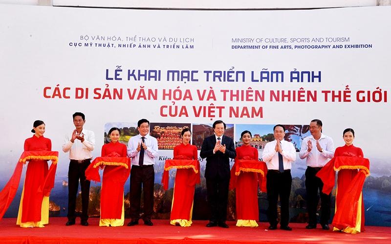Triển lãm ảnh các di sản văn hóa và thiên nhiên thế giới của Việt Nam tại Phú Quốc -0